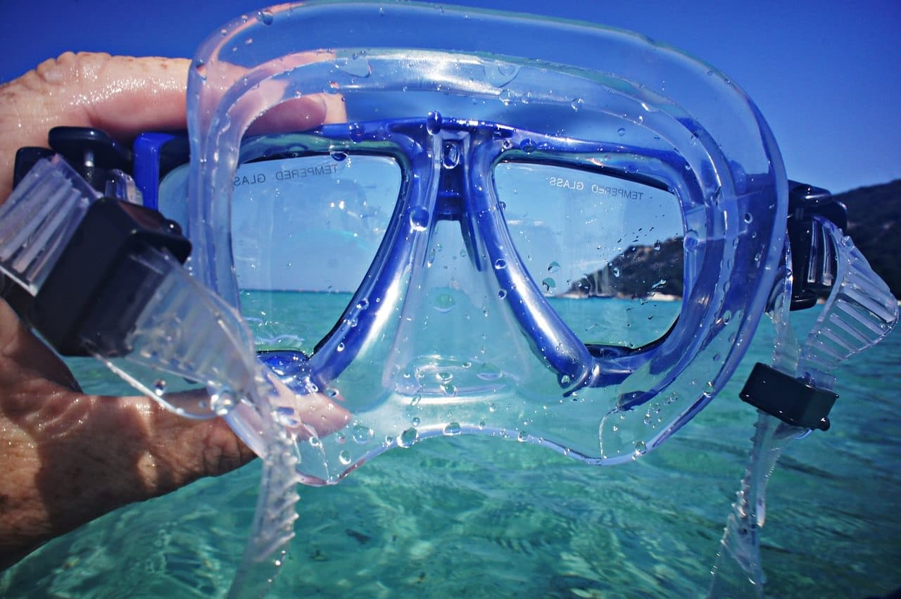 spearfishing equipment snorkelling mask