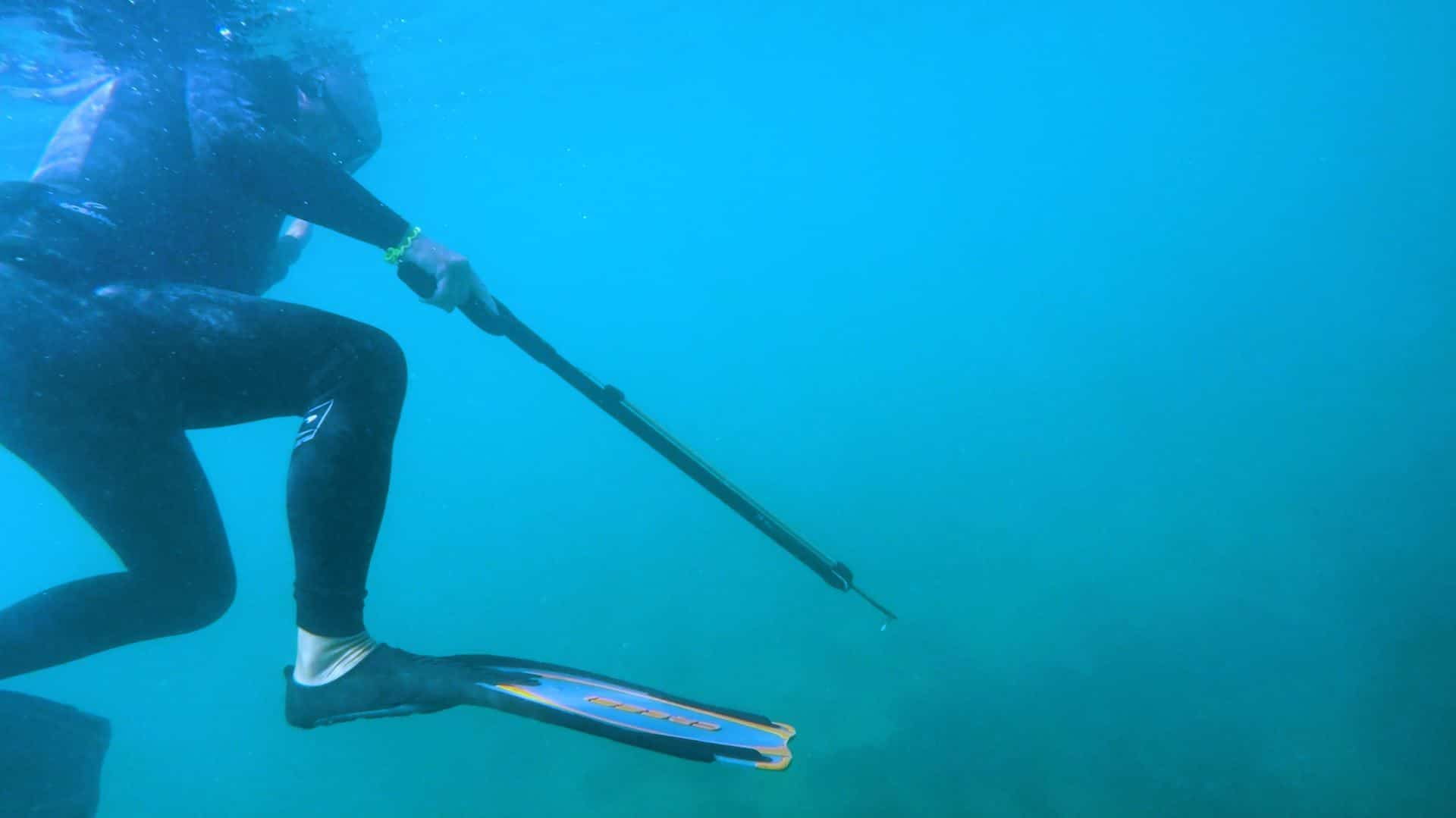 spearfishing underwater shallow water blackout